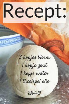 Recept beste zoutdeeg recept. Om zelf klei te maken, #knutselen, kinderen, basisschool, kleuters, peuters, DIY, recept