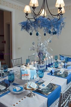 Chanukah tablescape - the cake is adorable!
