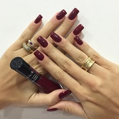 ✿⊱❥ Minha unha da semana com a cor do inverno, marsala. Love Nails, How To Do Nails, Pretty Nails, My Nails, Ongles Forts, Acryl Nails, Nail Ring, Colorful Nail Designs, Perfect Nails