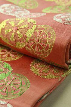 Shrimp pink iwai obi (zentsu), genshi guruma pattern / シュリンプピンク地 源氏車柄 全通祝帯 #Kimono #Japan http://global.rakuten.com/en/store/aiyama/