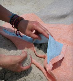 How smart! Linen Beach Blanket (with pockets in the corner, fill with sand to stop it blowing away)