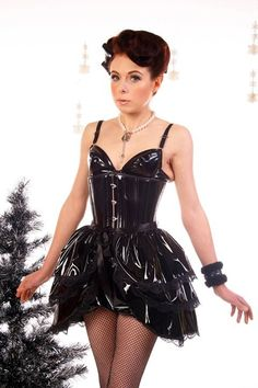 Ready To Ship. Pvc Halloween Burlesque Bustle Skirt and Shrug SET goth Steampunk by Gothic Burlesque Plus Size Steampunk, Steampunk Skirt, Fashion Over, Fashion Tips, Fashion Trends, Fashion Ideas, Fashion Hacks, Vogue Fashion, Style Fashion