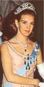 theroyalwatcher: Queen Anne-Marie in the Emerald Parure