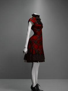 Alexander McQueen Widows of Culloden dress, autumn/winter 2006–7