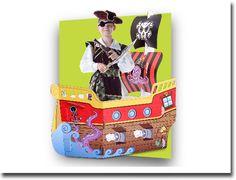 Barco Pirata gigante.  Juego de cartón impreso con encastres