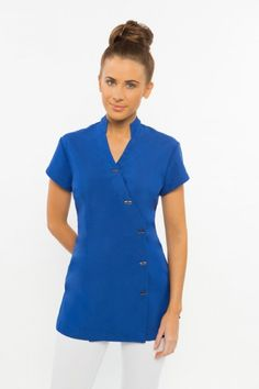 We create & supply elegant, comfortable spa uniforms and medical scrubs for businesses in Australia. Find the perfect uniform design to add class & style to your spa's presetation. Salon Uniform, Spa Uniform, Medical Uniforms, Work Uniforms, Spring Spa, Blue And White Fabric, Uniform Design, Medical Scrubs, Professional Look