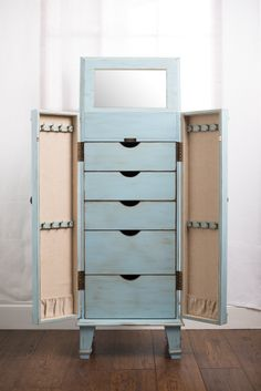 Superbe Hives U0026amp; Honey Blue Cabby Jewelry Armoire Jewelry Armoire, Jewelry  Storage, Bedroom Furniture