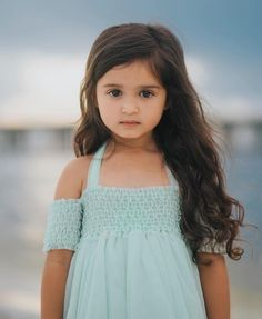 Cute Baby Girl Images, Cute Baby Girl Outfits, Cute Girl Face, Kids Outfits Girls, Cute Girls, Baby Pictures, Baby Photos, Cute Baby Girl Wallpaper, Cute Babies Photography