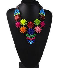 Collar de flores de pasta #colores #spring