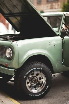 ▒ curbside ▒ international scout 800 ▒