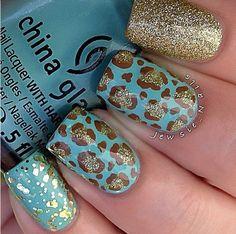 Cheetah glitter nails gold