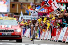 Stage 18 :: Frenchman Christophe Riblon took over the lead from BMC Racing youngster Tejay van Garderen with just left. Riblon went on to win the stage. Group Tours, Grand Tour, Road Cycling, Fitness Inspiration, How To Memorize Things, Bicycle, Racing, In This Moment, Sports