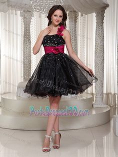 Crisscross Back Black Beaded Short Party Dresses with Flowers Vestidos de fiesta cortos