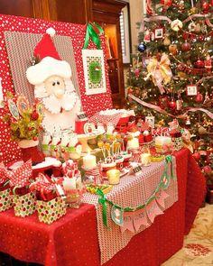 Decoración de una fiesta de Cumpleaños para Navidad http://tutusparafiestas.com/decoracion-de-una-fiesta-de-cumpleanos-para-navidad/ Decorating a birthday party for Christmas #cumpleañosinfantilesdenavidad #cumpleañosnavideñosinfantiles #decoracioncumpleañosnavidad #decoraciondenavidadparacumpleaños #DecoracióndeunCumpleañosparaNavidad #decoracionfiestadenavidadparaniños #decoracionnavideñaparacumpleaños #fiestainfantilnavideña #fiestainfantiltematicadenavidad