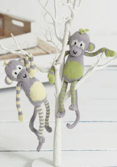 Cute Baby Monkey Toys in Sirdar Snuggly Baby Bamboo DK - download the FREE knitting pattern on LoveKnitting!