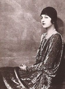 Ava Alice Muriel Astor (July 7, 1902 - July 19, 1956) was an American heiress and socialite, the daughter of John Jacob Astor IV and Ava Lowle Willing, and sister of Vincent Astor.