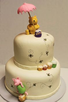 Layers of Love: Winnie the Pooh Shower Cake.. I love the drawn on bees