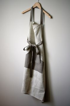 Beige and taupe linen apron. Button closure and long ties. Perfection.