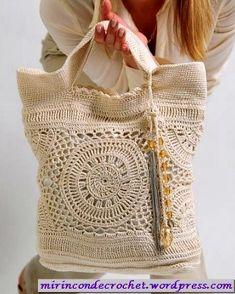 Nice crochet bag with graphs