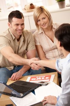 Q: Any tips on how to choose the best real estate agent to sell my property? A: Begin by looking for someone who has listings in the neighborhoods you like. Couples Images, Young Couples, Ways To Save Money, Money Saving Tips, Saving Ideas, Sales Careers, Home Selling Tips, Toronto Star, Thing 1