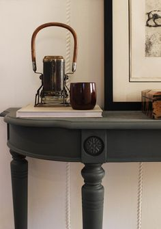 Paint colors that match this Apartment Therapy photo: SW 9100 Umber Rust, SW 6258 Tricorn Black, SW 7745 Muddled Basil