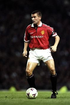 Roy Keane, Manchester United Player of the Year 1998/99.