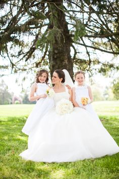 Classic Wedding Photographer near Philadelphia Pa: Traditional Bride with flower girls near Philadelphia Pa