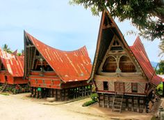 Pole Houses Indonesi