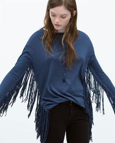 ZARA - TRF - T-SHIRT WITH SIDE FRINGES