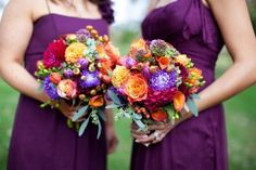 fall wedding bridesmaid dresses and bouquets