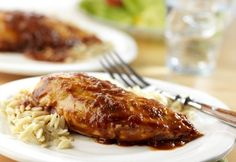 Balsamic Chicken From Prego Italian Sauce Flavorful chicken breast halves are simmered in a savory balsamic vinegar and Italian sauce to make a simply elegant and exquisite dish with very little effort. Balsamic Chicken Recipes, Italian Chicken Recipes, Turkey Recipes, Dinner Recipes, Tasty Dishes, Food Dishes, Main Dishes, Side Dishes, Campbells Recipes