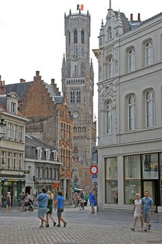 """Bruges. Discover and collect amazing bucket lists created by local experts """"City is Yours"""" http://www.cityisyours.com/explore. #Bruges #travel #BucketList #list #local"""