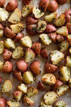 Crispy Garlic-Parmesan Roasted Red Potatoes via forkknifeswoon.com