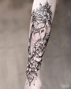 90 Magnificent Elephant Tattoo Designs - My list of best tattoo models Best Sleeve Tattoos, Sleeve Tattoos For Women, Tattoo Sleeve Designs, Tattoo Designs For Women, Cute Tattoos, Small Tattoos, Gorgeous Tattoos, Baby Tattoo Designs, Tatoos