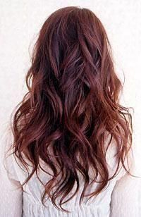 Wavy Reddish-Brown Hair - Hairstyles and Beauty Tips