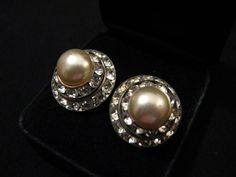 Vintage Silver Tone Round Ivory Faux Pearl and Diamond by ditbge, $13.75
