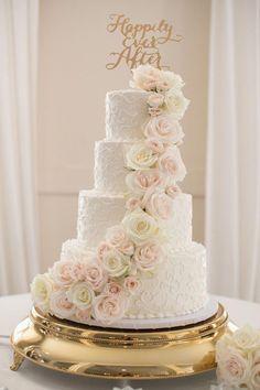 Simple Elegant Wedding, Elegant Wedding Cakes, Beautiful Wedding Cakes, Wedding Cake Designs, Simple Weddings, Gold Weddings, Summer Weddings, Romantic Weddings, Wedding Cake Simple