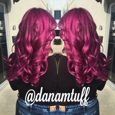 Magenta hair! Schwarzkopf pearlessence 6-89 on roots and pearlessence 9,5-89 with shot of igora royal 9/98 on ends