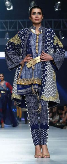 HSY 'INK' Collection at PFDC Sunsilk Fashion Week 2015