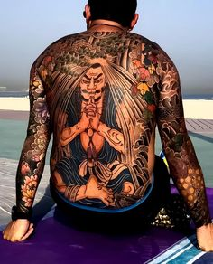 Don't Just Sit There! Start Getting More Japanese Tattoos Japanese Back Tattoo, Japanese Drawings, Backpiece Tattoo, Irezumi Tattoos, Full Back Tattoos, Full Body Tattoo, Mens Body Tattoos, Body Painting, Hyper Realistic Tattoo