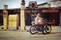 1974 Honda CB360 Cafe Racer / Flattracker - King of Fuel
