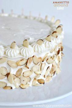 Amaretto Almond Cake: Perfect white cake recipe topped with an Amaretto Cream Cheese frosting and toasted almonds. Cupcake Recipes, Cupcake Cakes, Cupcakes, Frosting Recipes, Fondant Recipes, Perfect White Cake Recipe, Shugary Sweets, Toasted Almonds, Sliced Almonds