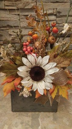 Items similar to Hanging Fall Floral Arrangement Thanksgiving Centerpiece White Sunflower Arrangement Autumn Centerpiece Harvest Hanging Arrangement on Etsy Sunflower Floral Arrangements, Easter Flower Arrangements, Fall Arrangements, Fall Flowers, Diy Flowers, Deco Table, A Table, Thanksgiving Centerpieces, Autumn Centerpieces