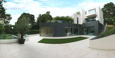 Luxury home on Nairn Road, Canford Cliffs, England - http://www.adelto.co.uk/luxury-home-on-nairn-rd-canford-cliffs-england