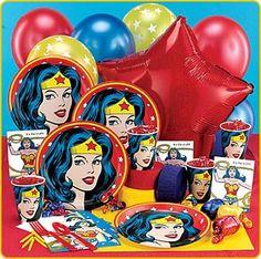 Wonder Woman Birthday Party Supplies | Wonder Woman 9″ Dinner Plates (8)