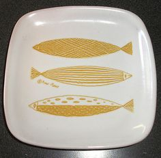 Glidden pottery fred press 200 black fish bowl plate dish for Funky canape trays