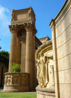 Facade of the Palace of Fine Arts, San Francisco