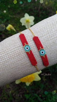 It is made with special miyuki beads. What are miyuki beads? They are beads sp Pony Bead Bracelets, Beaded Bracelets Tutorial, Diy Bracelets Easy, Jewelry Bracelets, Bead Loom Patterns, Jewelry Patterns, Beading Patterns, Beading Ideas, Beading Supplies
