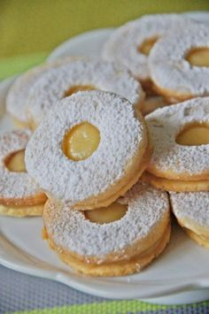 Cytrynowe ciastka z Lemon Curd Polish Desserts, Polish Recipes, Holiday Baking, Christmas Baking, Delicious Deserts, Yummy Food, Baking Recipes, Cookie Recipes, Sweets Cake