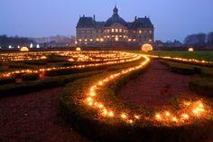 gardens of Vaux le Vicomte illuminated